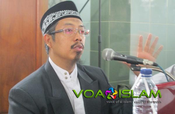 Salafi Maz'um Keras terhadap Para Dai tapi Toleran terhadap Thaghut