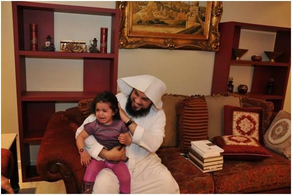 Jadi memang, kunjungan Syaikh Al 'Arifi kekediaman Syaikh Salman Al