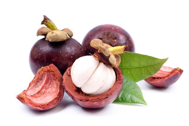 Hasil gambar untuk buah manggis dan kulitnya