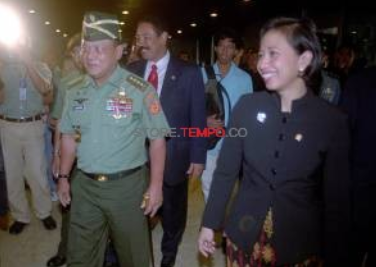 Benarkah Rini MS Ketua Kantor Transisi Jokowi Terbelit Sex, Money & Power?