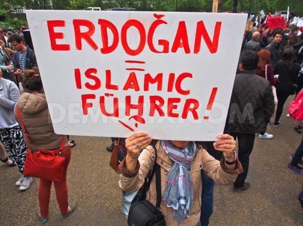 Di Turki : Sekulerisme, Liberalisme, Sosialisme, dan Komunisme Sudah Mati