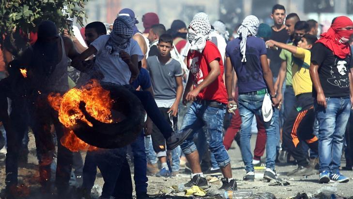 Gemuruh Jihad dan Intifadah di Tanah Palestina Memerangi Zionis-Israel