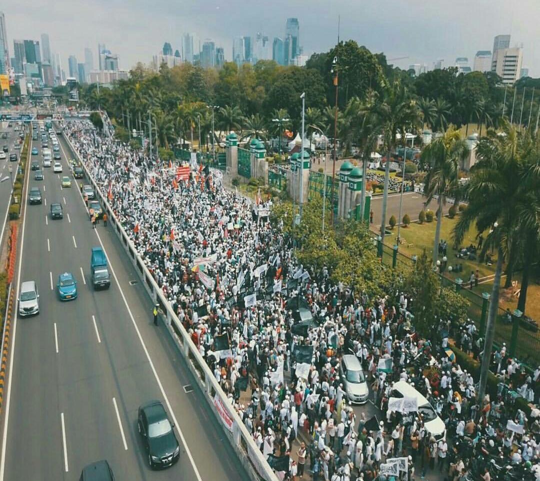 Ratusan Ribu Massa Aksi 299 Tolak Perppu Ormas Dan