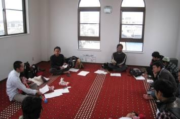 http://www.voa-islam.com/timthumb.php?src=/photos/Bataku/Bencana_Ilmu.jpg&h=235&w=355&zc=1