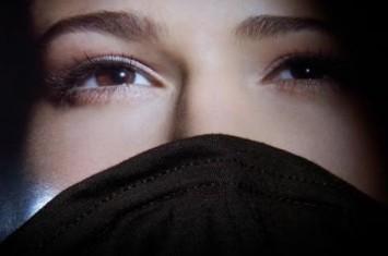 Menangkis Tuduhan Kafir: Islam Menyamakan Derajat Wanita dan Anjing?