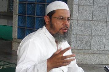 http://www.voa-islam.com/timthumb.php?src=/photos2/Azka/farid-okbah.jpg&h=235&w=355&zc=1