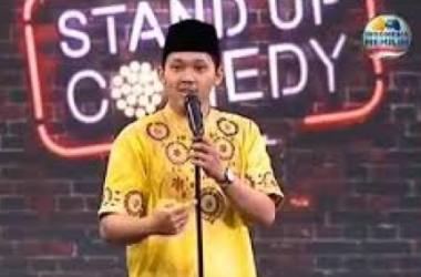 Surat Permohonan Maaf: Ambia Dahlan 'Stand Up Comedy'