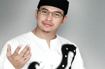 Ustadz Jefrie Al-Bukhori