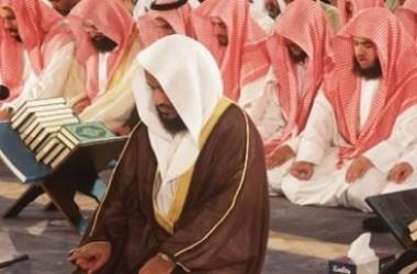 Imam Tasyahud Akhir, Makmum Masbuq Ikut Duduk Tawarruk?