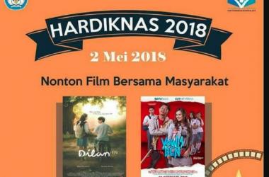 Hardiknas, Mendikbud Gelar Nonton Film Dilan; Netizen: Emang Ga Ada Film Lain?