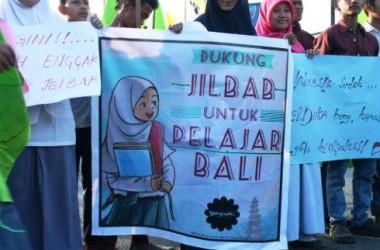 Larangan Aturan Jilbab di Sekolah, Anti Bineka atau Anti Agama?