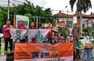 Elemen Mahasiswa dan Pemuda Muslim Se-Bali Aksi Galang Dana Peduli Gempa Aceh