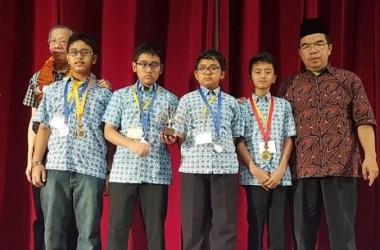 Alhamdulillah. Tim SMP Indonesia Raih Champion Lomba Matematika di India