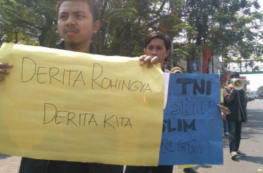 Aksi FDPM Cimahi Mengecam Keras Pelaku Pembantaian Muslim Rohingya