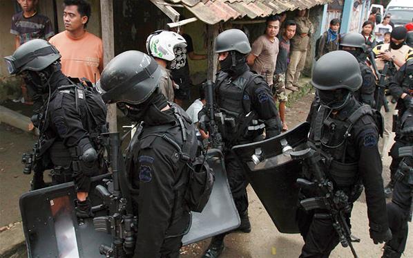 Teroris Gallery: IPW: Elite Polri Mainkan Isu Terorisme, Penyergapan Bak